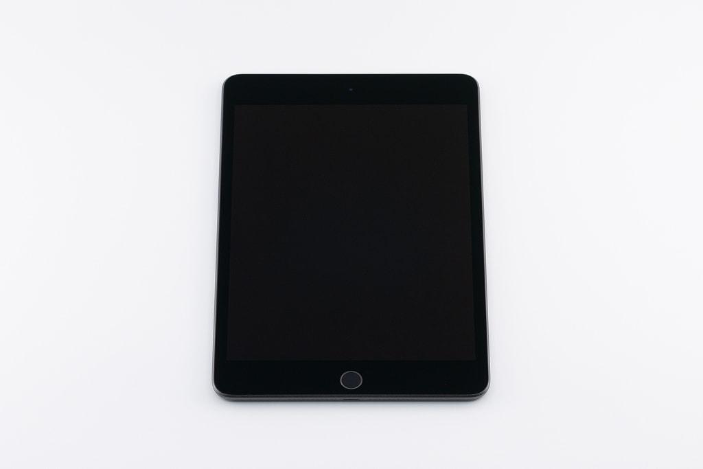 「iPad mini 5」表面